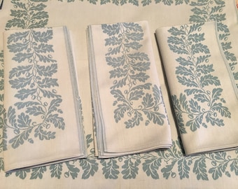 6 Damask napkins - oak leaf and acorn pattern