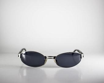 LECLUB Vintage Sunglasses Unisex Gunmetal Metal Oval 2000 LECS118M-1
