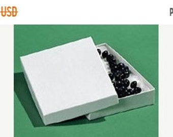 Mothers Day Sale 20 Pack Cotton Filled white Color Jewelry Gift and Retail Boxes 5.25X 3.75X 1 Inch Size