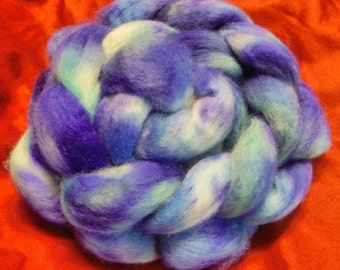 4 oz.  Bluefaced Leicester (BFL) wool roving; Beach Glass