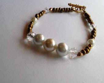 Pearl and Copper Beaded Bracelet