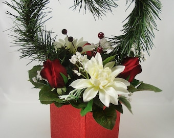 Winter Wedding Centerpiece, Reception Table Arrangement, Holiday Home Decor, Christmas