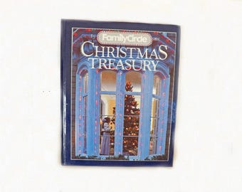 Christmas Treasury, 1988 Christmas Craft Book, Family Circle, Recipe Book, Holiday Crafts, Holiday Meals, Craft Projects, Holiday Decorating