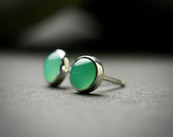 4mm chrysoprase sterling silver bezel set stud earrings