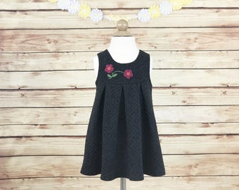 Vintage 1970's Girls Black Gray Quilted Jumper Dress, Retro Girls Jumper Dress, Box Pleated with Flower Appliqué, Size 2-3T, Toddler