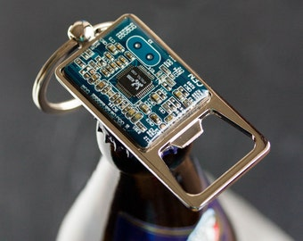 Bottle opener keychain with a circuit board, groomsmen gift, custom color, gift for him