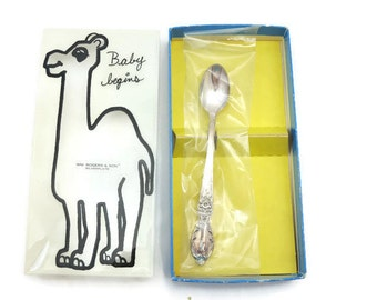 Baby Spoon - Wm Rogers & Son Infant Feeding Spoon, Victorian Rose, Original Box, Silverplate