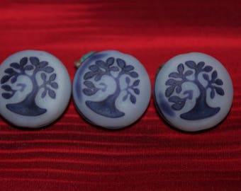 Tree of life 18mm violet is in white / matte / (2pcs)