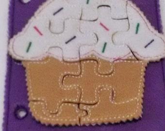 Felt quiet book - Toddler quiet book - Quiet book page - Toddler busy book - Busy book page - Felt busy book - Cupcake puzzle page  #QB778