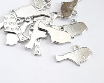 Silver Bird Charms - 10 pieces  (Q147S)