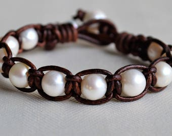 White Pearl Leather Bracelet Boho Bohemian Pearls on Leather Handwoven Knotted Beach Jewelry Pearl Jewelry Gifts For Her Yevga