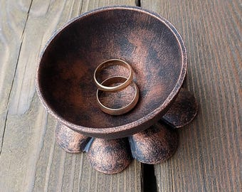 jewelry holder / ring dish / jewelry dish / ring holder / Ring Dish Holder / 6th anniversary gift / ring bearer / wedding gift