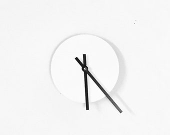 Wall Clock Wooden, Minimalist Wall Clocks, White Wall Decor, Interior Design Art Trending, Home Decor, Decor and Housewares
