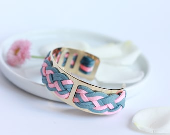 Thin cuff pink and gray