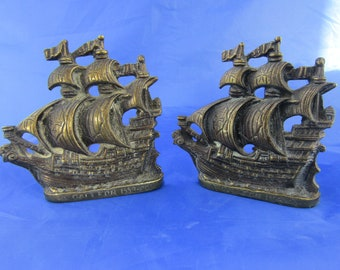 Brass bookends cast in the form of 16th Century Elizabethan galleons 1920s mantel pieces