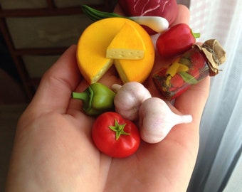 Dollhouse scale miniature food for Dollhouse and children's games.