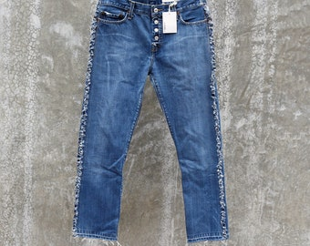 """Levi's 501 Reworked Raw Edge Frayed Fringed Jeans, waist measured as 33""""_Boyfriend fit 30-31"""