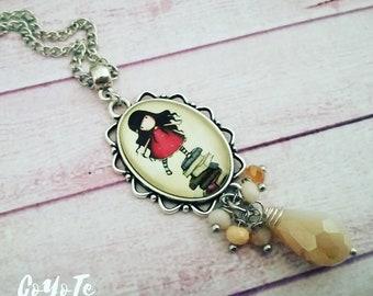 Gorjuss, pendant necklace, Gorjuss cameo necklace, Cream beads