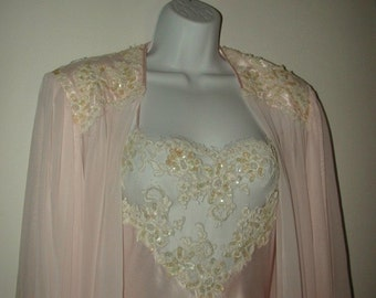 Beautiful Vintage Jonquil Beaded Lace Peignoir Set by Diane Samandi