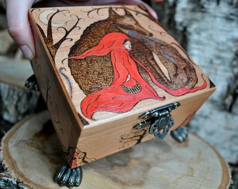 Keepsake box, Small keepsake box, Wooden keepsake box, Pyrography box, Hand painted box, Wolf, Red Hood, Creepy forest