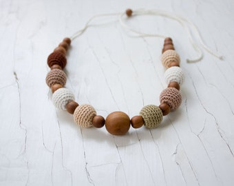 Wood Teething Necklace for mom to wear, Nursing Necklace, Teething Beads, Chewing Necklace, Breastfeeding, New Mom Gift
