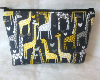 Giraffes Cosmetic zipper Bag//Giraffes large cosmetic bag//Makeup organizer//Toiletry holder