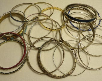 25 Vintage Bangles With Scrolled Designs, lot #1