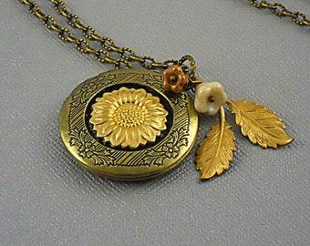 Sunflower, Sunflower Locket, Brass Sunflower, Sunflower Necklace, branch, leaf, Locket Charms Love, Steampunk Locket-