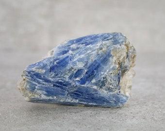 Raw Kyanite Crystal Specimen, Natural Rough Blue Kyanite Blade, Collector Specimen, Blue Crystal Mineral Specimen, Chakra Stone, Meditation