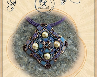 pendant tutorial / pattern Tilatilla pendant with Tila beads...PDF instruction for personal use only