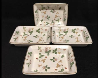 "Wedgwood Wild Strawberry Oven To Table Square Bowls 6.5"" Set Of 4 England"