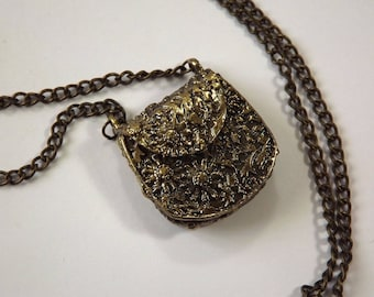 Pendant purse metal stamped bronze x 1