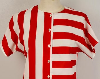 Red and White Striped Boxy Top Small to Medium 80s vintage Crew Neck Short Sleeve Button Up Blouse