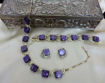 CORO Full Parure, Necklace, Bracelet, Earrings, Purple and Silver Thermoset, PRISTINE Condition, Vintage 50s