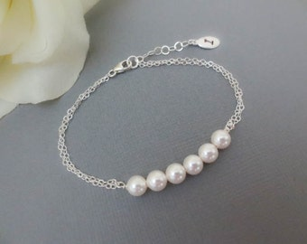 Personalized Pearl Bracelet-Swarovski Pearls Row Bracelet with oval Initial Tag-Everyday Bracelet-Bridal Wedding Bridesmaids Gift