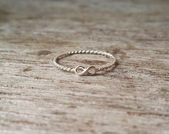 925 Sterling Silver Mini Infinity