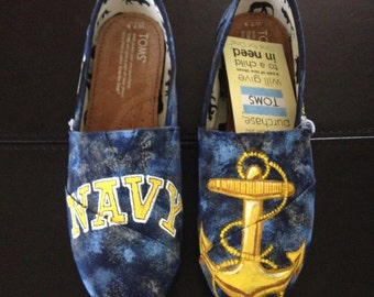 Hand Painted Navy Toms