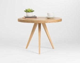 Round coffee table, small end table, accent table, made of solid oak