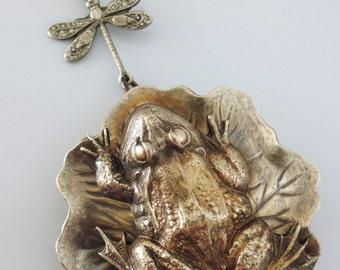 Vintage Jewelry - Locket Necklace - Vintage Necklace - Frog Necklace - Dragonfly Necklace - Brass Locket - Chloe Necklace - handmade jewelry