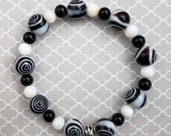 Handmade Black and White Bracelet with Glass Beads on a Strong Sturdy Stretchy Cord
