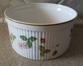 Wedgwood Wild Strawberry souffle dish/ oven to table/ made in England/