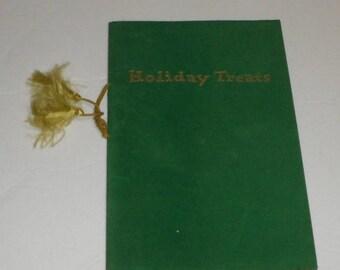 Holiday Recipes Vintage Booklet Cookbook  1951