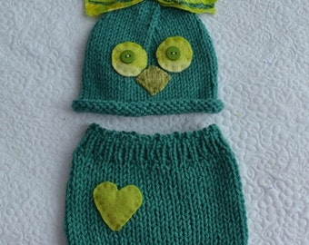 SALE Green Newborn Baby Boy Outfit BaBY PHoTO PRoP Knit Owl Hat Pant SET Baby Bird Beanie Heart Shorts RTS Coming Home Costume ReADY to SHiP