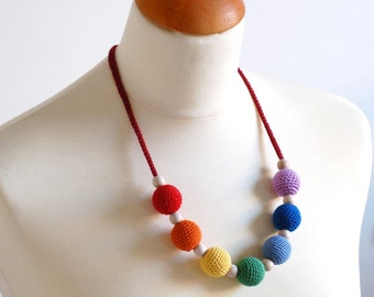 NORDIC RAINBOW Mommy Necklace / Teething necklace... all natural... :)