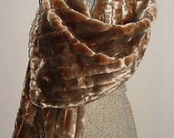 RARE NEW Vintage Pin up Golden Honey Brown Raemink Faux Mink Fur Stole/wrap/coat w Satin