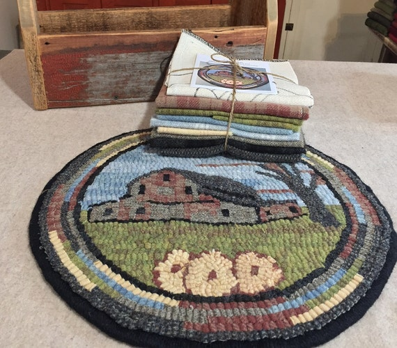 """Primtive Rug Hooking Kit for """"Old Barn #4 """" Chair Pad  14"""" Round  K123"""