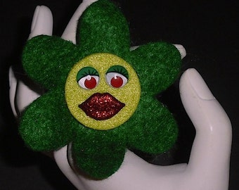 Green Angelina (Funky Felt Flowers)