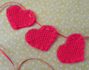 Little Hearts Garland Knitting Pattern PDF
