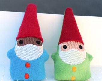 Catnip Gnome | Cat Gift | Cat Lady Gift | Cat Toy | Gnome | Toy for Cat | Vegan | Black Gnome | New Cat Gift | Stocking Stuffer | Handmade