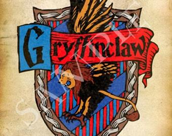Gryffinclaw Cross-House Crest Postcard